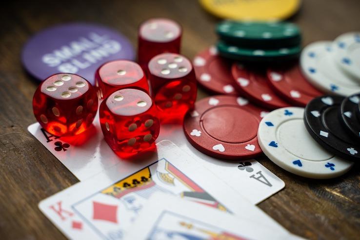 Glücksspiel und Druck auf Banken